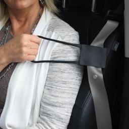 Grab N' Pull Seatbelt Reacher
